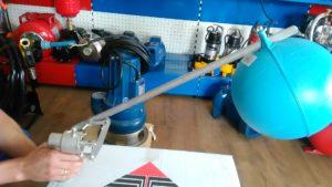 Механічний поплавок для баку запасу води